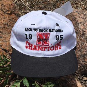 1995 Nebraska Huskers Snapback Hat NWT